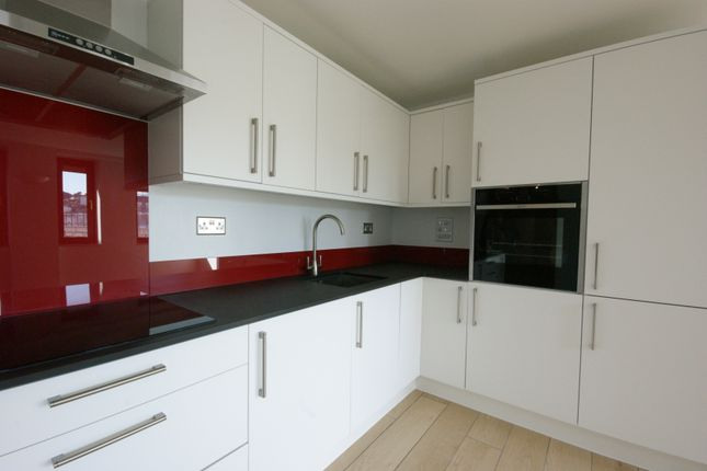 Thumbnail Flat to rent in Abbey Road, Torquay