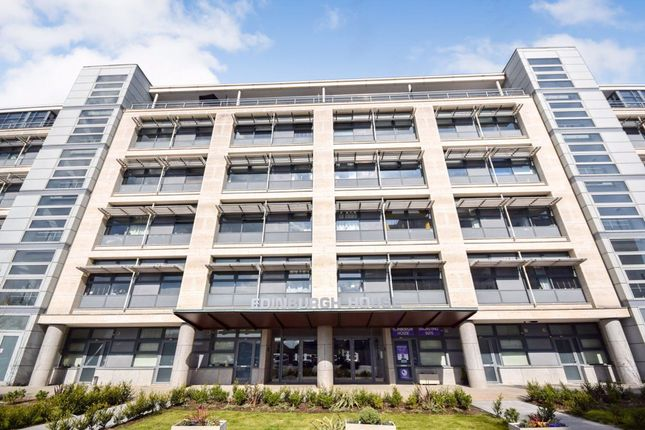 1 bed flat to rent in Edinburgh House, Harlow CM20