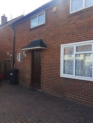 Thumbnail Semi-detached house to rent in Renfrew Rd, Hounslow
