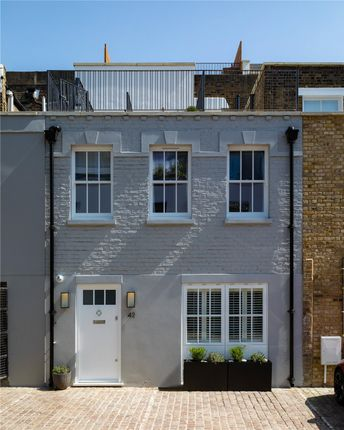 Thumbnail Property for sale in Munro Mews, North Kensington, London