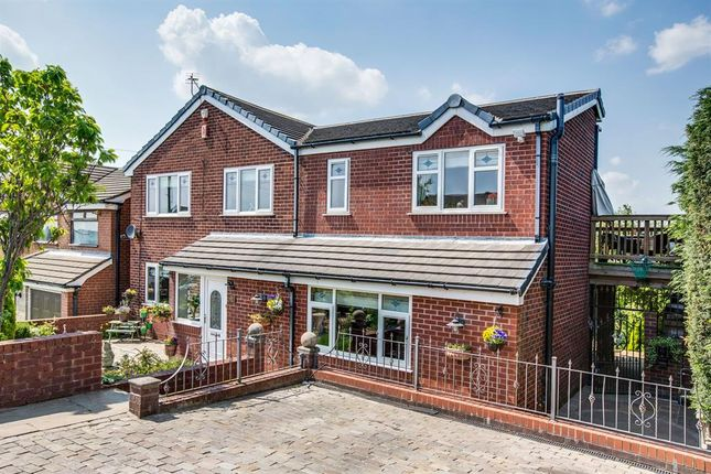 Thumbnail Detached house for sale in Brown Lodge Drive, Smithy Bridge