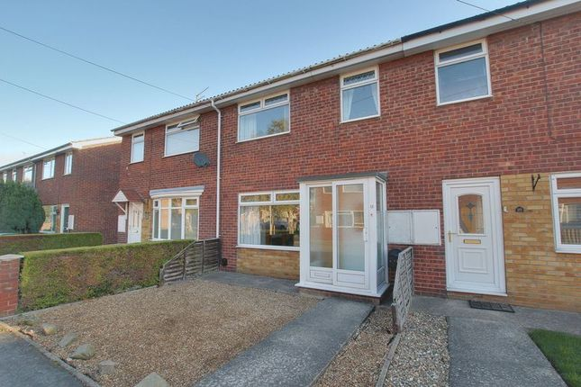 Thumbnail Property to rent in Grove Park, Beverley