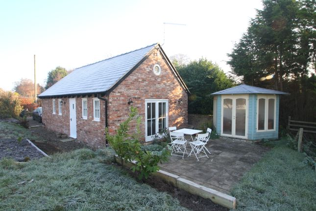 Thumbnail Cottage to rent in Huxley Lane, Tiverton