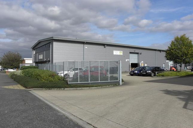 Thumbnail Light industrial to let in 47 Bilton Way, Dallow Road, Luton, Bedfordshire