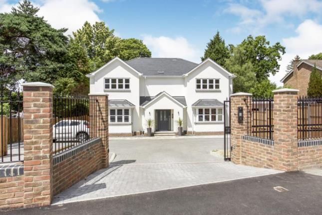 Thumbnail Flat for sale in Camberley, Surrey