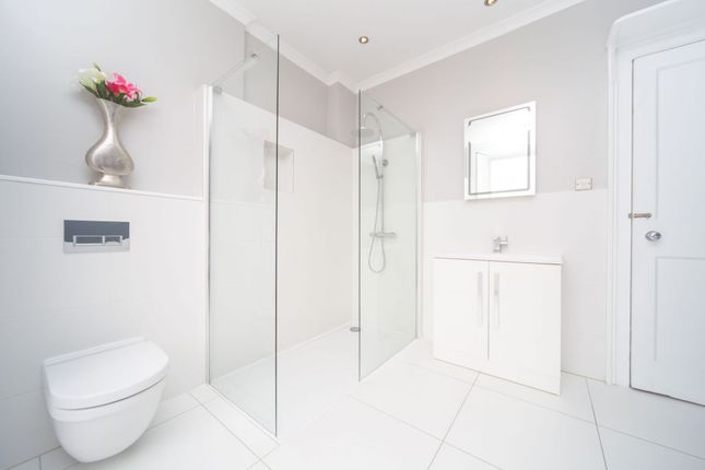 Thumbnail Semi-detached house to rent in Homewood Gardens, Prince Road, London