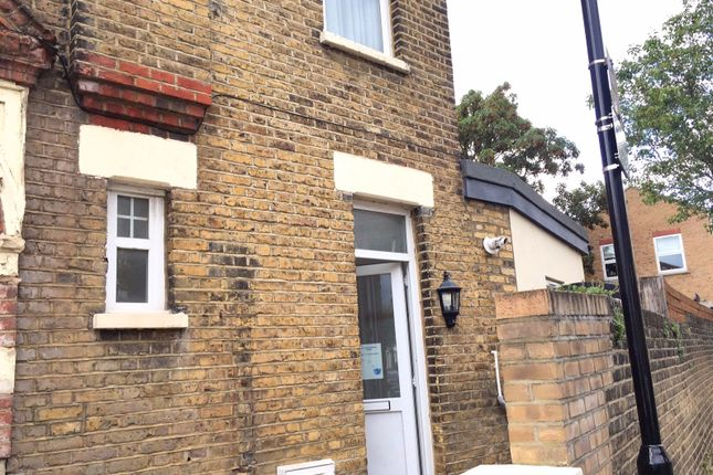 2 bed semi-detached house to rent in Salisbury Road, Leyton