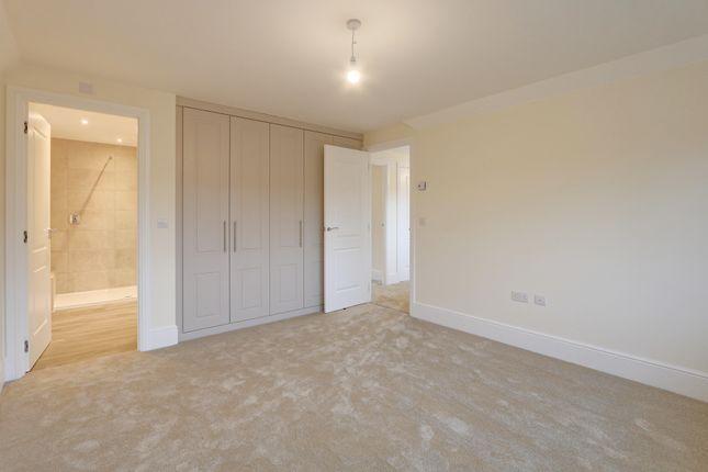 Master Bedroom of Curlew Way, Dawlish EX7
