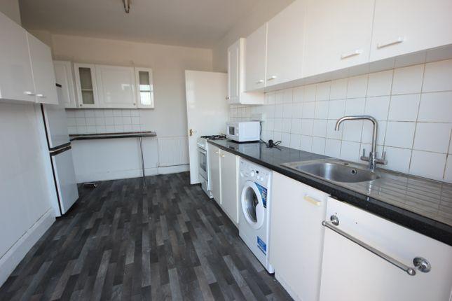 Thumbnail Flat to rent in Watling Avenue, Burnt Oak, Edgware