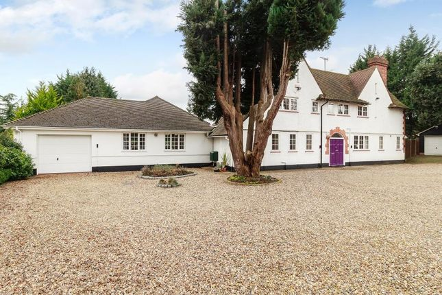 Thumbnail Detached house to rent in Chorleywood Road, Loudwater, Rickmansworth