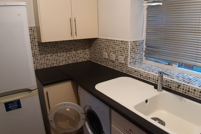 Thumbnail Flat to rent in Thirlmere Road, Manchester