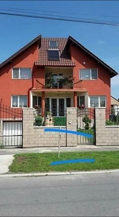 Thumbnail Detached house for sale in Arad, Romania