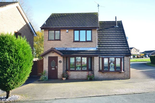 Thumbnail Detached house for sale in Canvey Grove, Meir Park