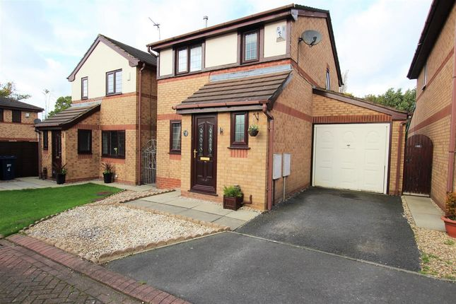 Thumbnail Detached house for sale in Fieldside Close, Lostock Hall, Preston