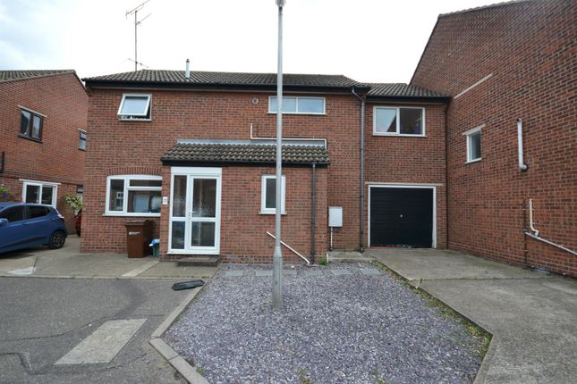 Thumbnail Detached house for sale in Brooklyn Road, Dovercourt, Harwich