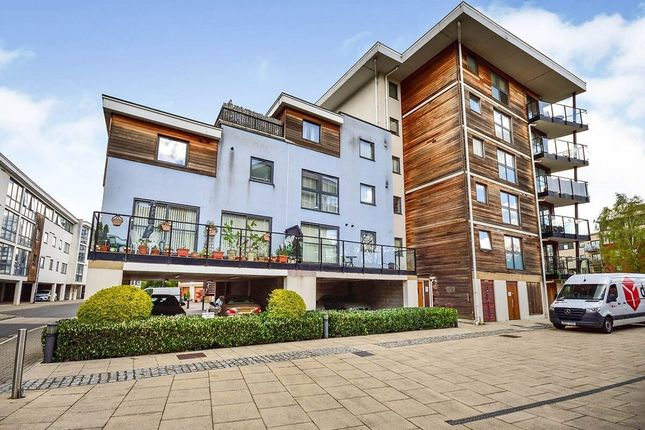Thumbnail Flat to rent in Clifford Way, Maidstone