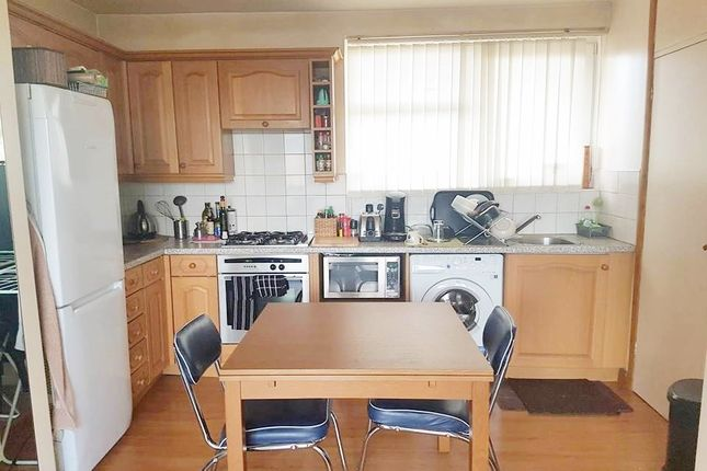 Thumbnail Flat to rent in Cropley Street, Shoreditch/Old Street
