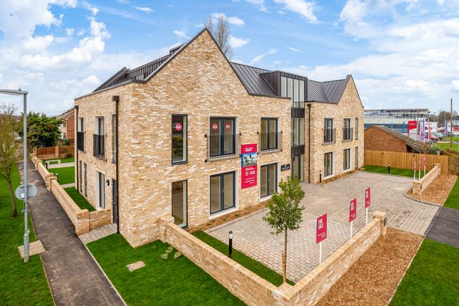 Thumbnail Flat for sale in Lovell Lodge, Milton Road, Cambridge