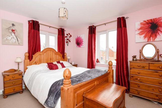 Bedroom of Ascot Way, Bicester OX26