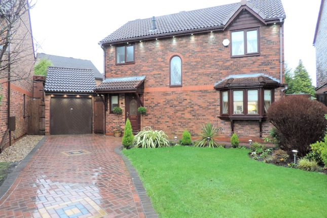 Thumbnail Detached house for sale in 11 Ridgewood Avenue, Chadderton
