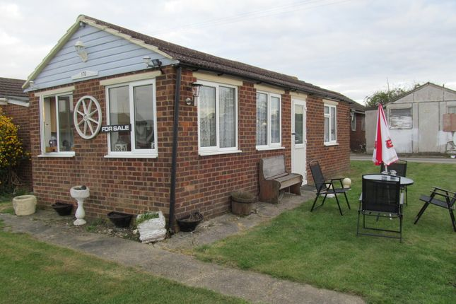 Thumbnail Mobile/park home for sale in Saddlebrook Park (Ref 5566), Leysd, Isle Of Sheppey, Kent