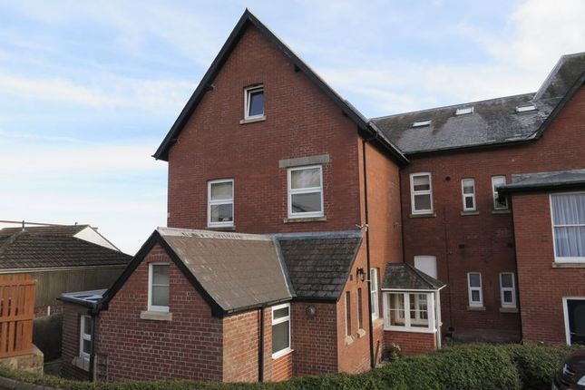 Thumbnail Flat to rent in Rackclose Gardens, Chard
