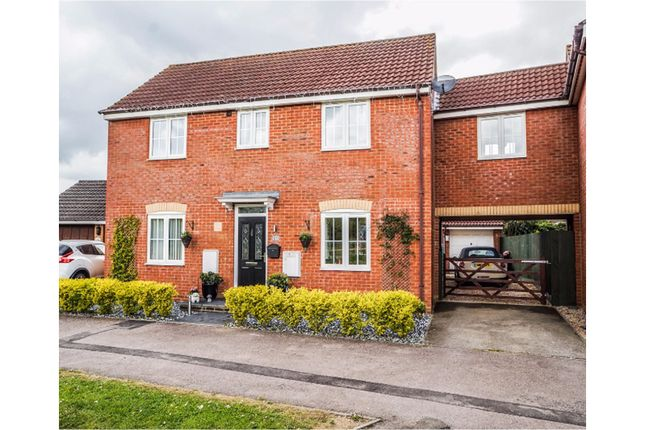 Thumbnail Link-detached house for sale in Cotswolds Way, Calvert Green
