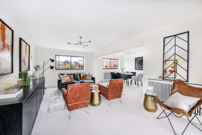 4 bed flat for sale in Spencer Close, Finchley Central N3