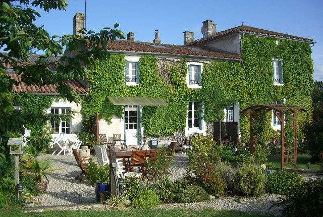 85770, Fontenay-Le-Comte (Commune), Fontenay-Le-Comte, Vendée, Loire, France