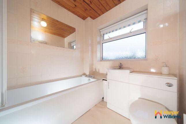 Bathroom of Kirkcaldy Avenue, Great Sankey, Warrington WA5