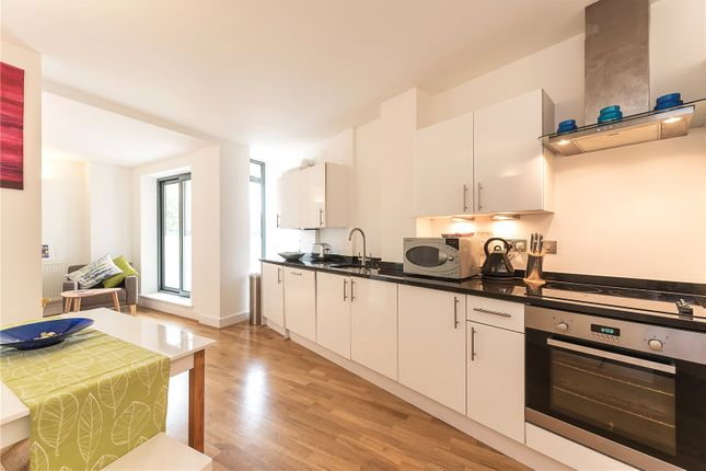 Thumbnail Property for sale in Goswell Road, London