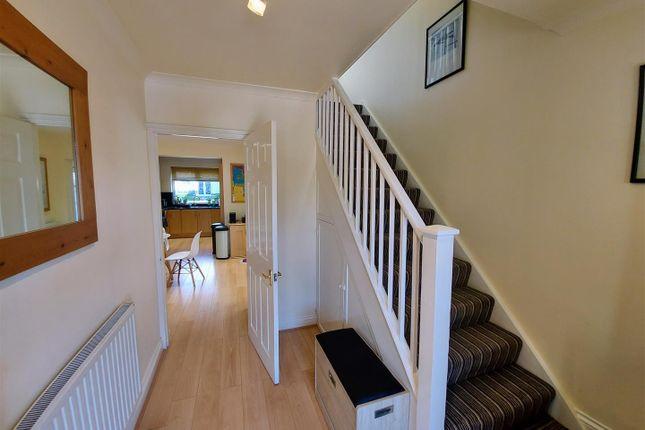 Hallway of Hamlet Hill, Roydon, Essex - Chain Free CM19