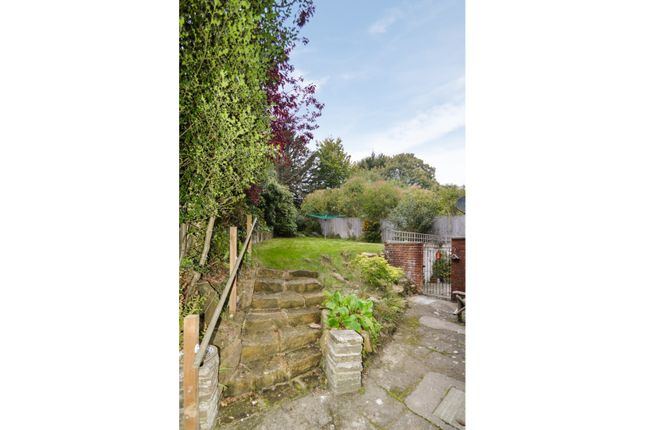 Communal Gardens of 42 Warwick Park, Tunbridge Wells TN2