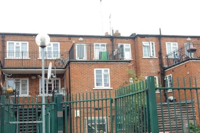 2 Bed Flat For Sale In Lady Margaret Rd Southall Ub1 Zoopla