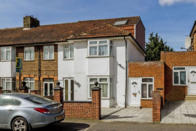 Thumbnail Property for sale in St Andrews Road, East Acton