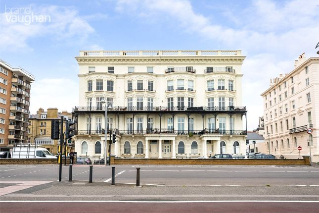 2 bed flat for sale in Adelaide Mansions, Hove BN3