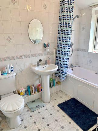 Bathroom of Manor Road North, Southampton SO19