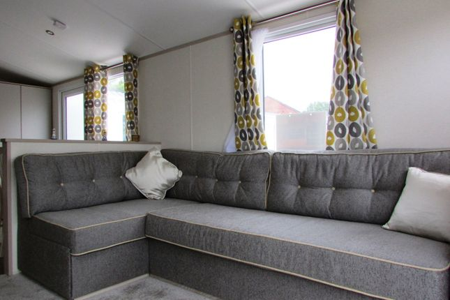Woodlands Hall Caravan Park - Denbighshire-4