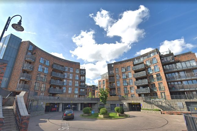 Thumbnail Flat for sale in Townhall Square, Crayford/Dartford