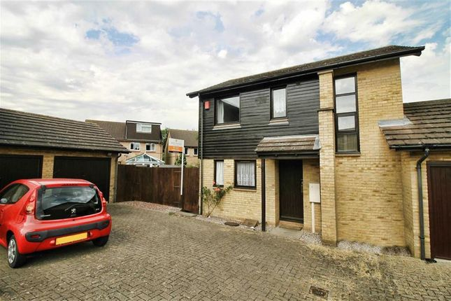Thumbnail Link-detached house to rent in Hambleton Grove, Emerson Valley, Milton Keynes