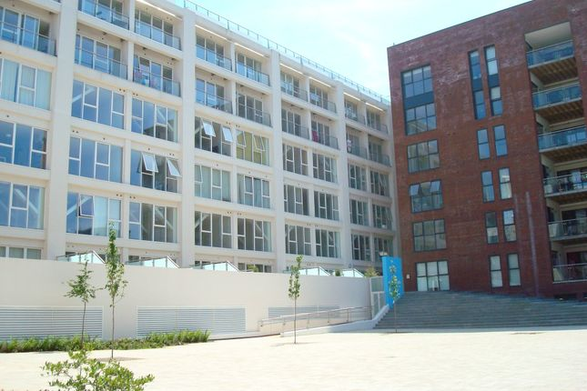 Thumbnail Flat to rent in Skypark Road, Bedminster, Bristol