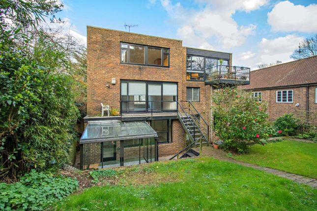 Thumbnail Property to rent in Kingsley Place, Highgate, London