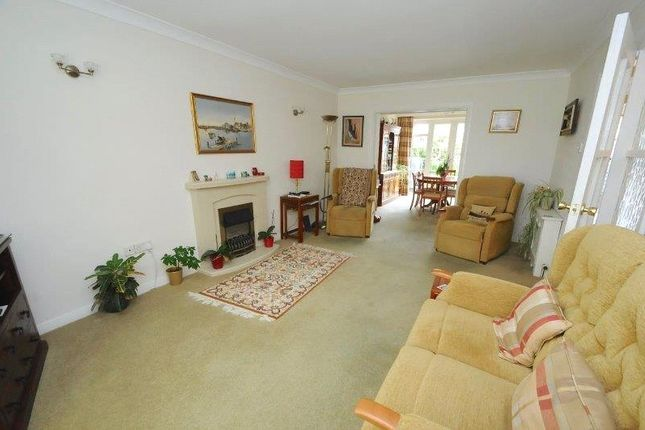Picture No. 14 of Wedgwood Drive, Whitecliff, Poole, Dorset BH14