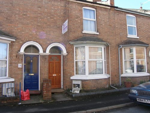 Thumbnail Terraced house to rent in Beaconsfield Street, Leamington Spa