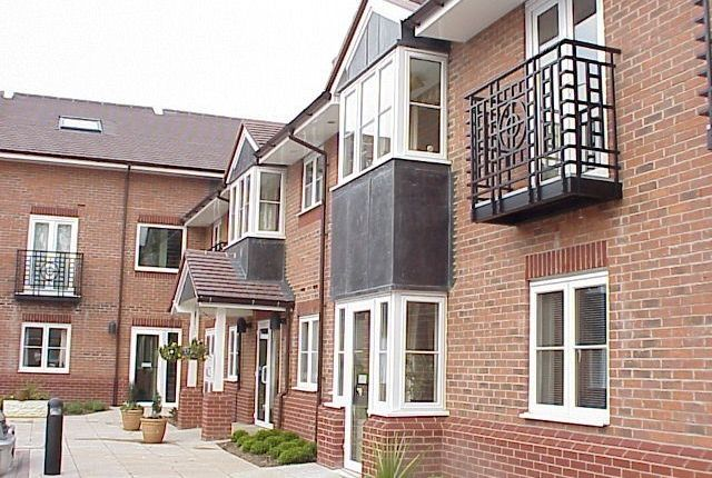 Thumbnail Flat to rent in Gorton Croft, Balsall Common, Coventry