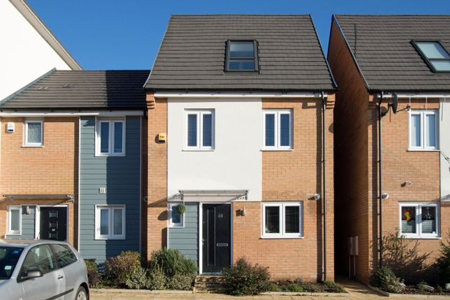 3 bed town house for sale in Waterside Road, Wellingborough NN8