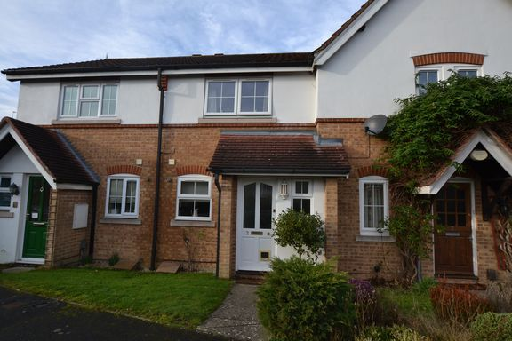 2 bed terraced house for sale in Le Borowe, Church Crookham, Fleet