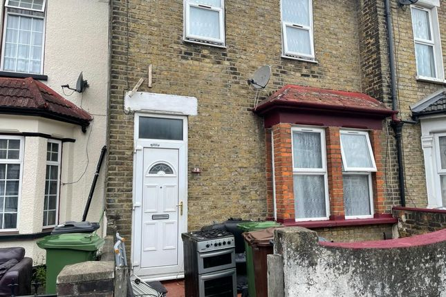 Thumbnail Terraced house to rent in Harrow Road, Barking