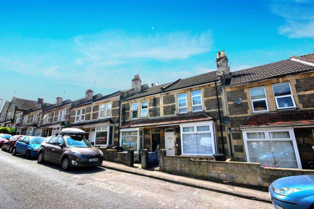 Thumbnail Flat for sale in Coronation Avenue, Bath
