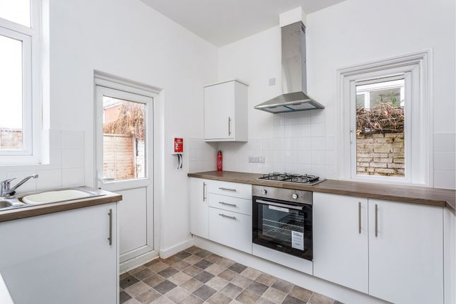 Thumbnail Room to rent in Gains Road, Southsea